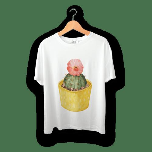 تی شرت طرح تک کاکتوس گلدار